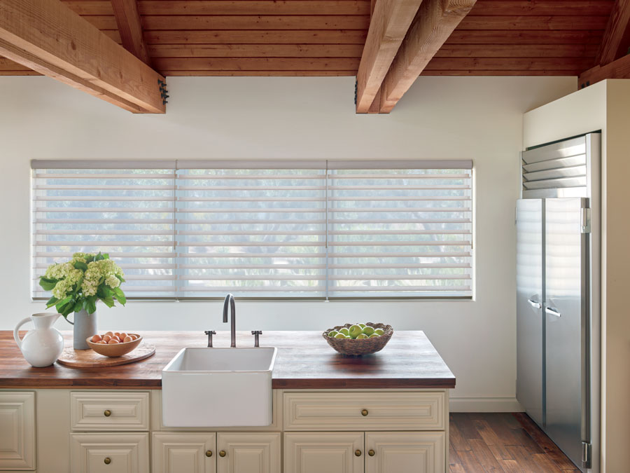 Silhouette shades compatible with wand motorization