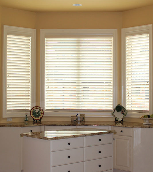 kitchen Hunter Douglas wood blinds automatic blinds Central Texas