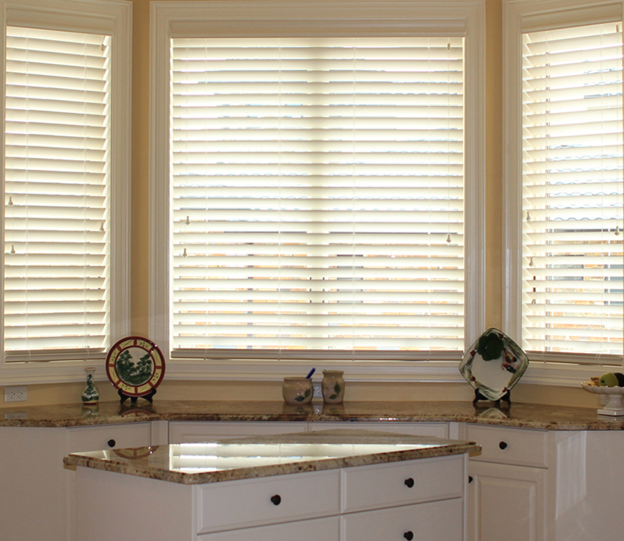 kitchen window blinds Hunter Douglas San Antonio